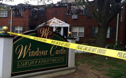 3-alarm fire guts East Windsor