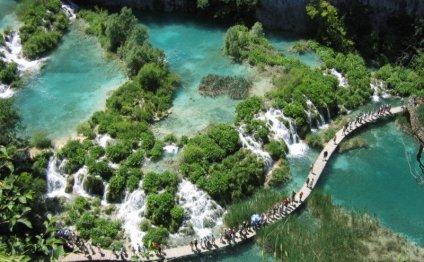 Plitvice lakes, Croatia (wiki
