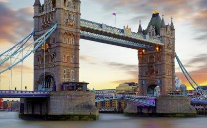 Hotels near Tower Bridge