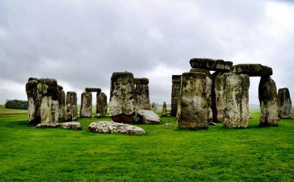 Stonehenge on a day trip from