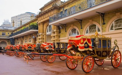 Coaches at the Royal Mews