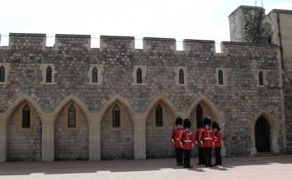 Windsor Castle - Changing of