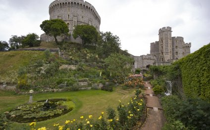 Windsor Castle includes the
