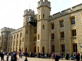 Where are the Crown Jewels in London?