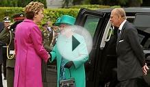 Queen welcomed to Irish presidential palace